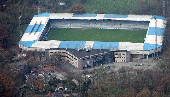 Vellirnir: Stadion De Vijverberg